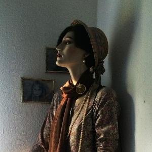 Elsa, die Schaufensterpuppe