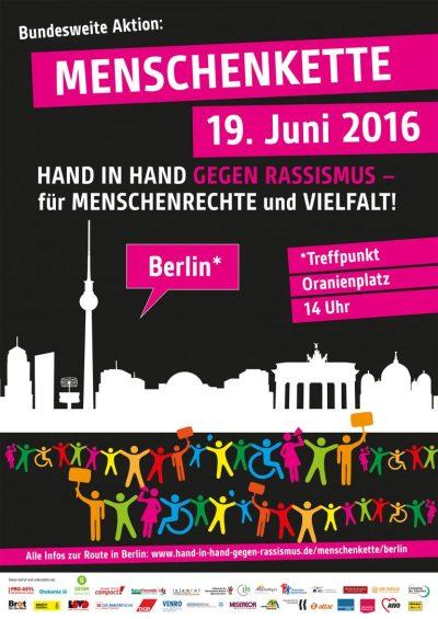 Menschenkette_Juni_web_Berlin